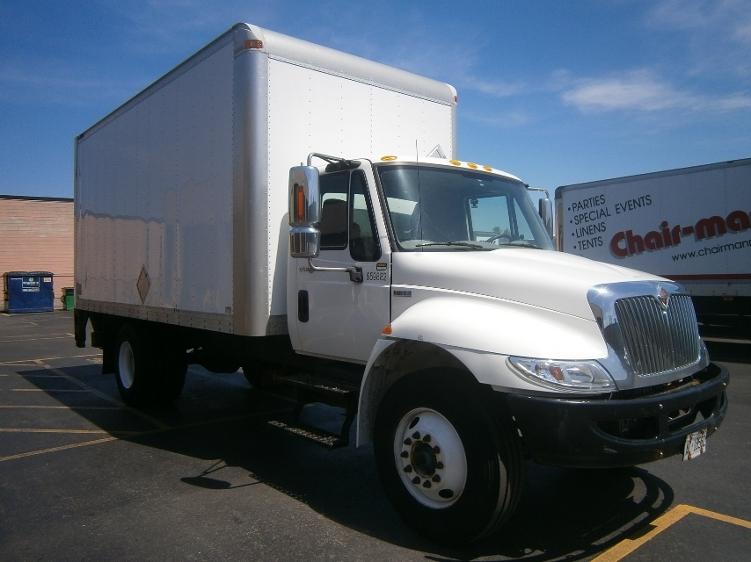 Medium Duty Box Truck-Light and Medium Duty Trucks-International-2013-4300M7-SCARBOROUGH-ON-74,083 km-$45,750
