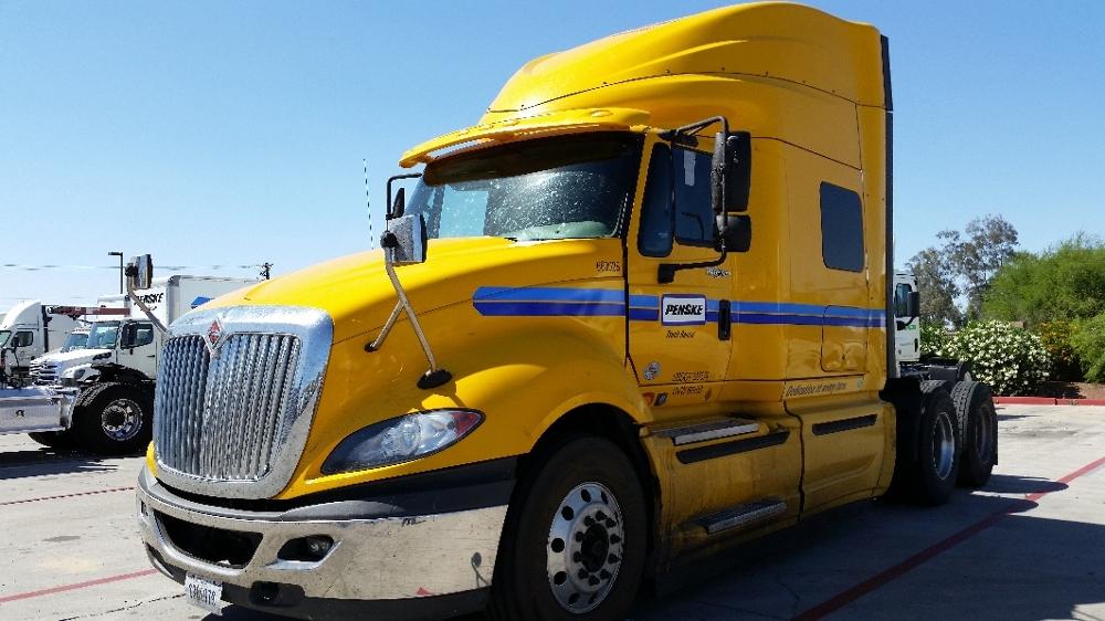 Sleeper Tractor-Heavy Duty Tractors-International-2013-ProStar-PHOENIX-AZ-379,043 miles-$23,500