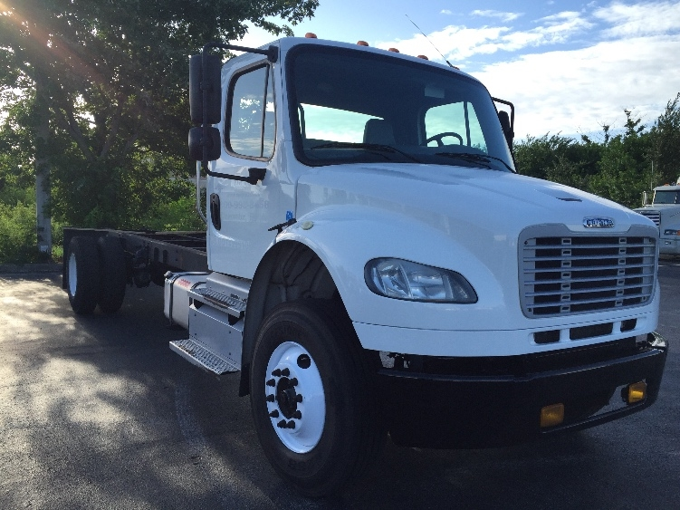 Cab and Chassis Truck-Light and Medium Duty Trucks-Freightliner-2013-M2-SAINT PETERSBURG-FL-339,940 miles-$26,750