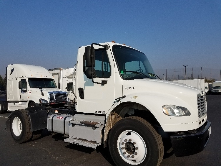 Day Cab Tractor-Heavy Duty Tractors-Freightliner-2013-M2-WEST SACRAMENTO-CA-182,057 miles-$33,250