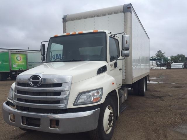Medium Duty Box Truck-Light and Medium Duty Trucks-Hino-2013-338-EDMONTON-AB-324,374 km-$48,000