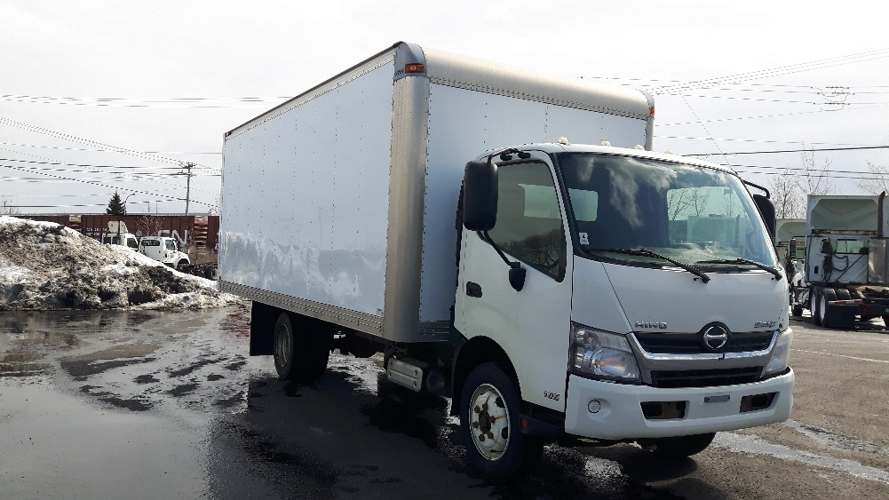 Medium Duty Box Truck-Light and Medium Duty Trucks-Hino-2013-195-BOUCHERVILLE-PQ-259,830 km-$32,000