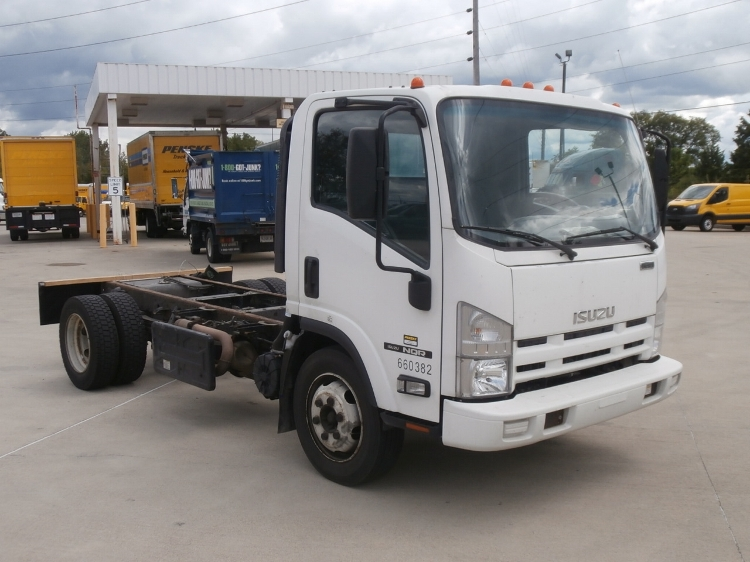 Cab and Chassis Truck-Light and Medium Duty Trucks-Isuzu-2013-NQR-INDIANAPOLIS-IN-218,654 miles-$19,250