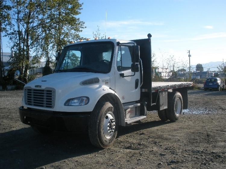 Flatbed Truck-Light and Medium Duty Trucks-Freightliner-2013-M2-DELTA-BC-18,170 km-$67,250