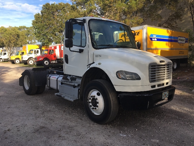 Day Cab Tractor-Heavy Duty Tractors-Freightliner-2013-M2-MEDLEY-FL-125,373 miles-$40,000
