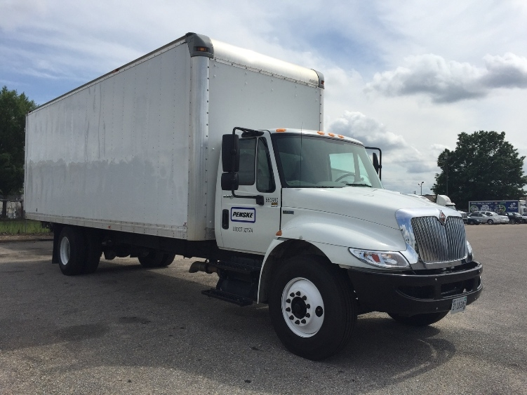 Medium Duty Box Truck-Light and Medium Duty Trucks-International-2013-4300-MURFREESBORO-TN-99,677 miles-$38,250