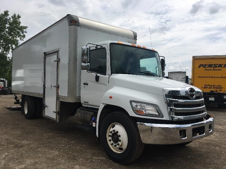 Medium Duty Box Truck-Light and Medium Duty Trucks-Hino-2013-268-LANSING-MI-259,067 miles-$25,750