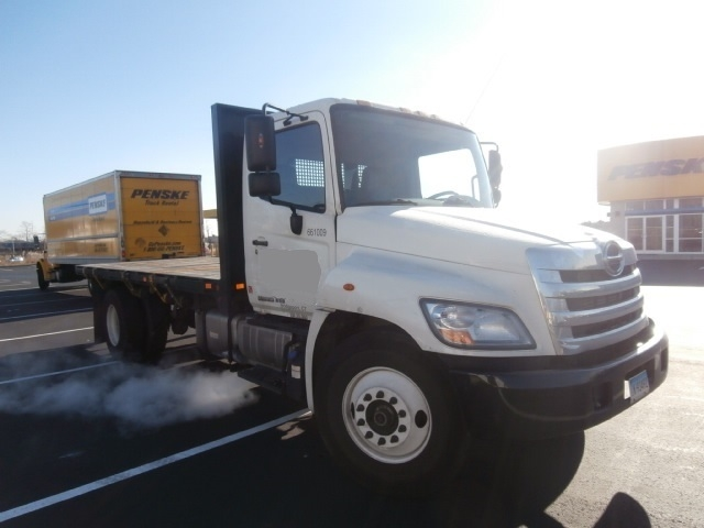 Flatbed Truck-Light and Medium Duty Trucks-Hino-2013-268-WEST HAVEN-CT-174,994 miles-$32,750