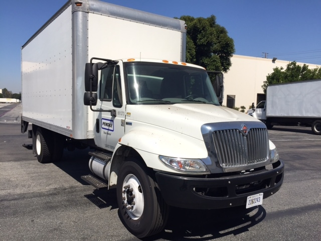 Medium Duty Box Truck-Light and Medium Duty Trucks-International-2013-4300-LOS ANGELES-CA-59,373 miles-$33,250