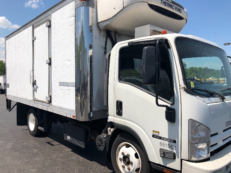 Reefer Truck-Light and Medium Duty Trucks-Isuzu-2013-NQR-JESSUP-MD-164,043 miles-$33,500