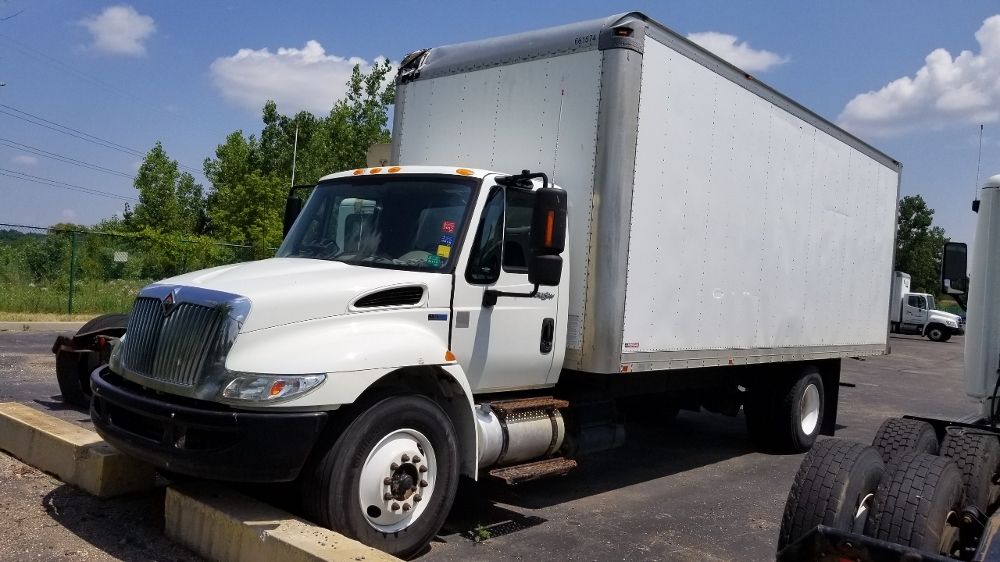 Medium Duty Box Truck-Light and Medium Duty Trucks-International-2013-4300-WIXOM-MI-245,155 miles-$8,000