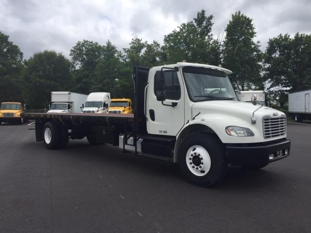 Flatbed Truck-Light and Medium Duty Trucks-Freightliner-2013-M2-PENNSAUKEN-NJ-221,072 miles-$28,250