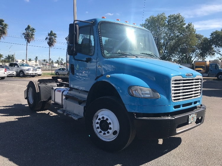 Day Cab Tractor-Heavy Duty Tractors-Freightliner-2013-M2-MEDLEY-FL-211,005 miles-$24,250