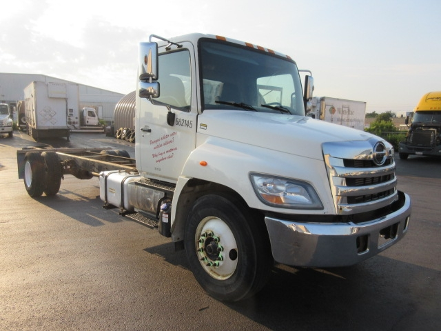 Cab and Chassis Truck-Light and Medium Duty Trucks-Hino-2013-268-MISSISSAUGA-ON-349,201 km-$44,250