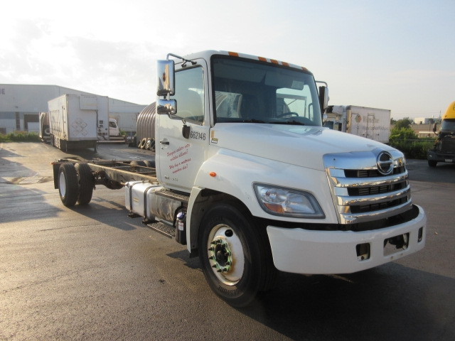Cab and Chassis Truck-Light and Medium Duty Trucks-Hino-2013-268-MISSISSAUGA-ON-363,102 km-$43,250