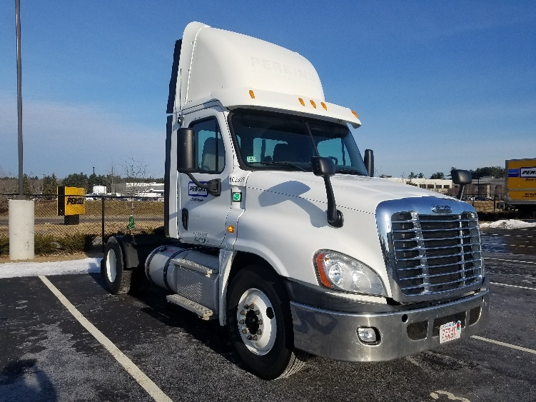 Day Cab Tractor-Heavy Duty Tractors-Freightliner-2013-Cascadia 12542ST-NORTON-MA-199,175 miles-$48,250