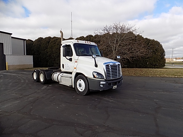Day Cab Tractor-Heavy Duty Tractors-Freightliner-2013-Cascadia 12564ST-LA PORTE-IN-449,402 miles-$38,500