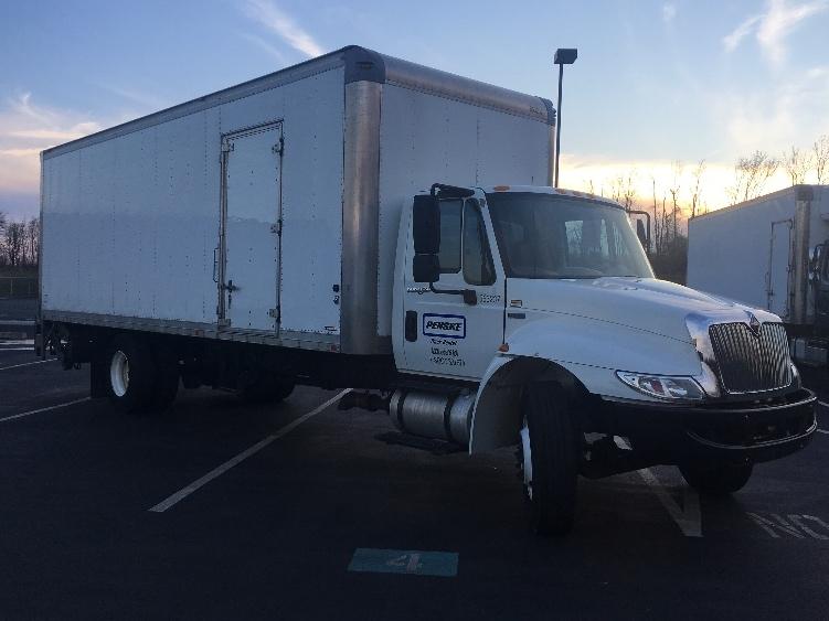 Medium Duty Box Truck-Light and Medium Duty Trucks-International-2013-4300-PITTSBURGH-PA-131,836 miles-$34,250