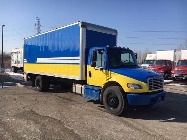 Medium Duty Box Truck-Light and Medium Duty Trucks-Freightliner-2013-M2-WIXOM-MI-141,693 miles-$39,250