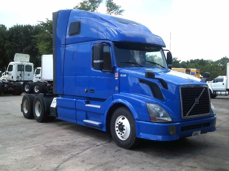 Sleeper Tractor-Heavy Duty Tractors-Volvo-2013-VNL64T670-MEMPHIS-TN-414,110 miles-$36,500