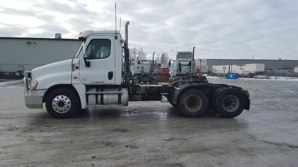 Day Cab Tractor-Heavy Duty Tractors-Freightliner-2013-Cascadia 12564ST-EDMONTON-AB-641,158 km-$53,500