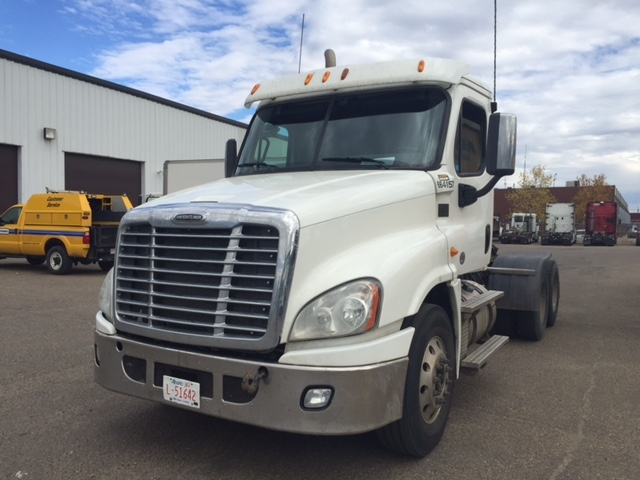 Day Cab Tractor-Heavy Duty Tractors-Freightliner-2013-Cascadia 12564ST-EDMONTON-AB-575,050 km-$62,250