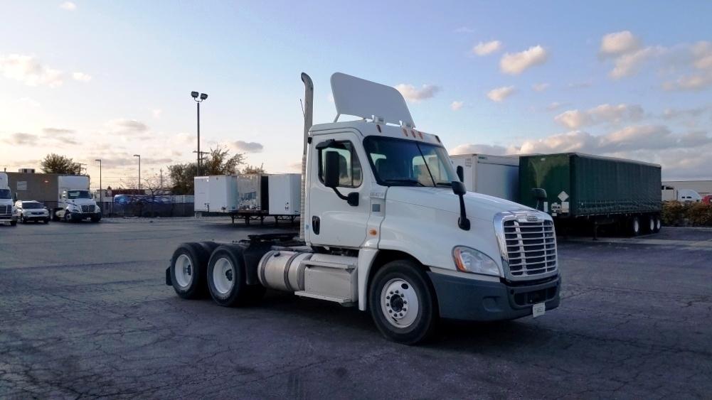 Day Cab Tractor-Heavy Duty Tractors-Freightliner-2013-Cascadia 12564ST-WARREN-MI-170,002 miles-$39,250