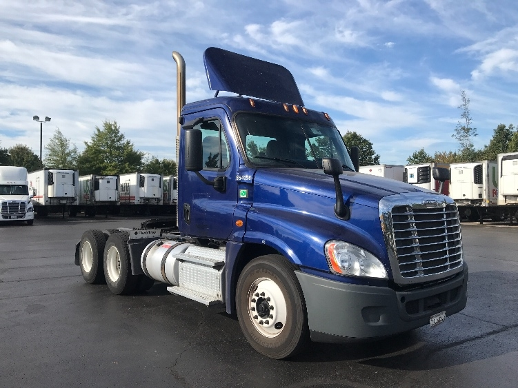 Day Cab Tractor-Heavy Duty Tractors-Freightliner-2013-Cascadia 12564ST-CAPITOL HEIGHTS-MD-400,281 miles-$50,750