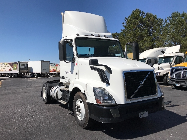Day Cab Tractor-Heavy Duty Tractors-Volvo-2013-VNL42300-WEST COLUMBIA-SC-559,596 miles-$28,250