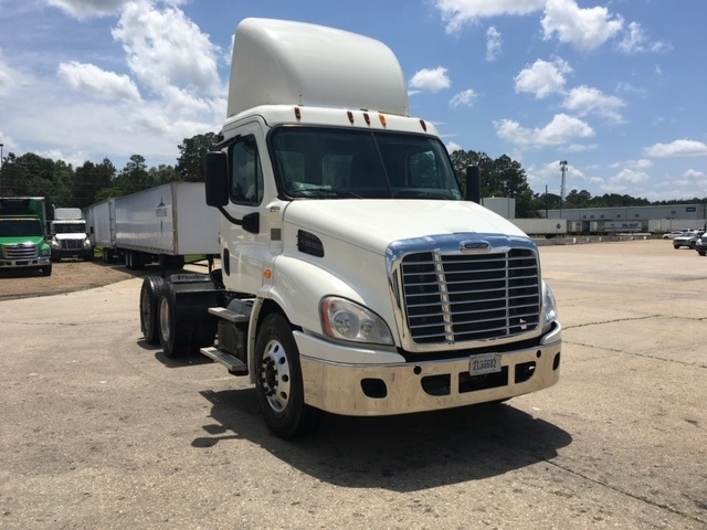 Day Cab Tractor-Heavy Duty Tractors-Freightliner-2013-Cascadia 11364ST-LAFAYETTE-LA-273,171 miles-$45,250