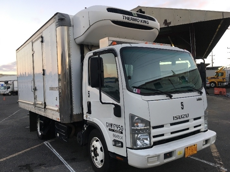 Reefer Truck-Light and Medium Duty Trucks-Isuzu-2013-NQR-TORRANCE-CA-86,128 miles-$40,250