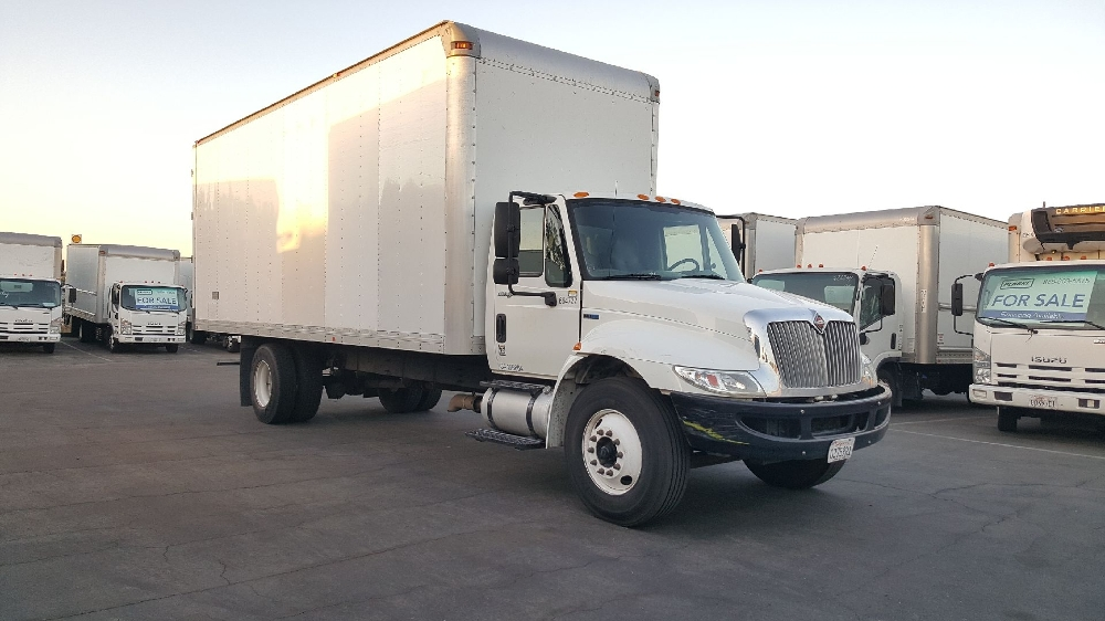Medium Duty Box Truck-Light and Medium Duty Trucks-International-2013-4300-TORRANCE-CA-117,123 miles-$42,750