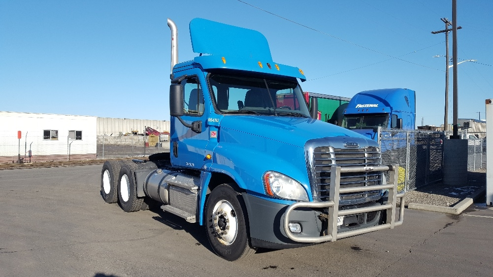 Day Cab Tractor-Heavy Duty Tractors-Freightliner-2013-Cascadia 12564ST-SPOKANE VALLEY-WA-402,238 miles-$31,250