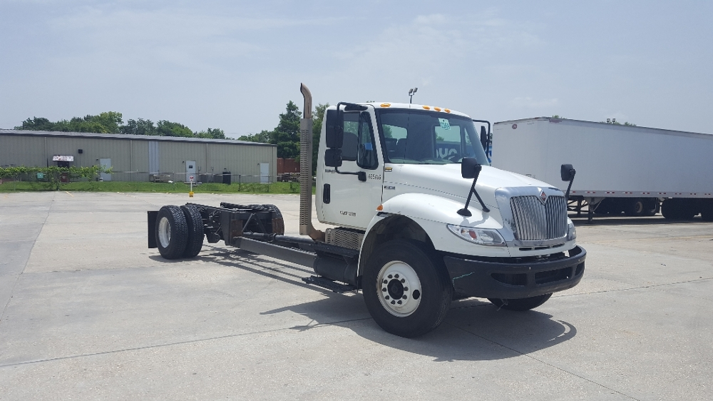 Cab and Chassis Truck-Light and Medium Duty Trucks-International-2013-4300-BATON ROUGE-LA-152,535 miles-$22,000