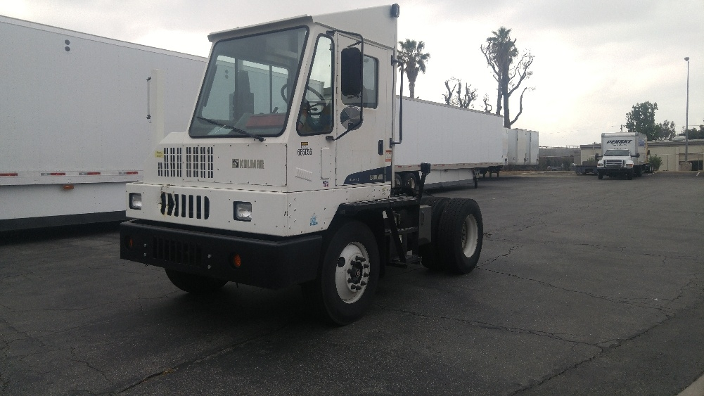 Yard Truck-Heavy Duty Tractors-Ottawa-2012-YT30-ONTARIO-CA-100,003 miles-$74,250