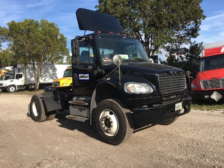 Day Cab Tractor-Heavy Duty Tractors-Freightliner-2013-M2-MEDLEY-FL-94,064 miles-$45,250
