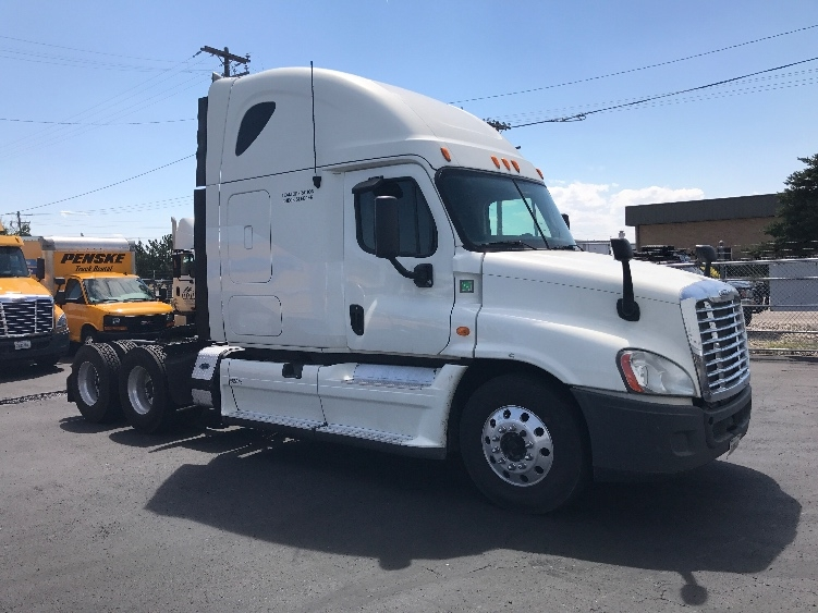 Sleeper Tractor-Heavy Duty Tractors-Freightliner-2013-Cascadia 12564ST-BOISE-ID-798,817 miles-$38,750