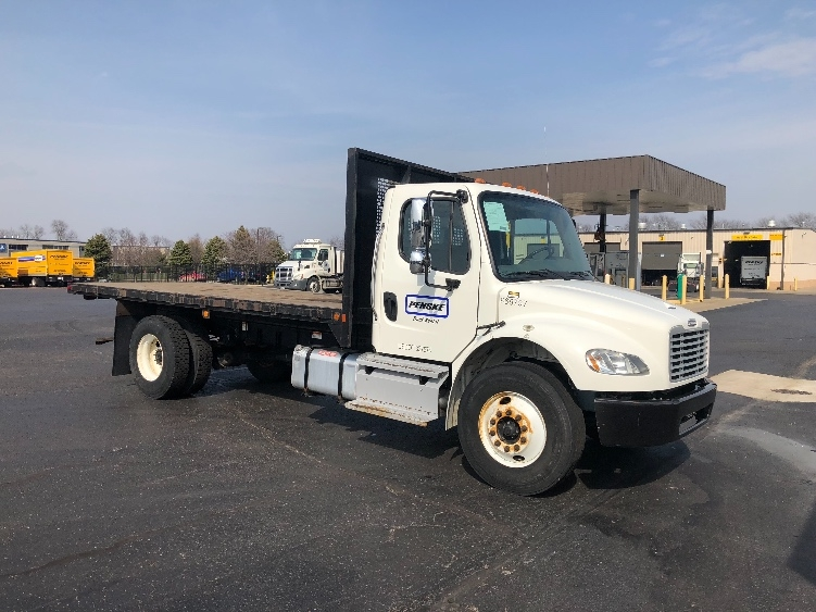 Flatbed Truck-Light and Medium Duty Trucks-Freightliner-2013-M2-ELKHART-IN-214,602 miles-$38,750