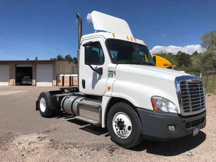 Day Cab Tractor-Heavy Duty Tractors-Freightliner-2013-Cascadia 12542ST-PHOENIX-AZ-81,040 miles-$54,250