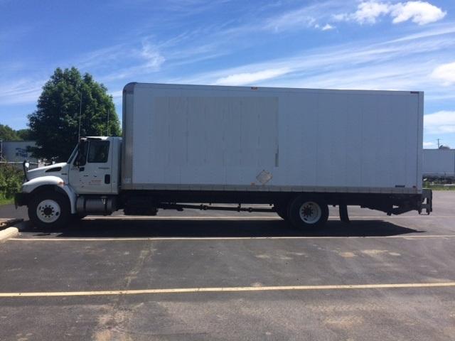 Medium Duty Box Truck-Light and Medium Duty Trucks-International-2013-4300-CAMBRIDGE-ON-362,349 km-$12,000