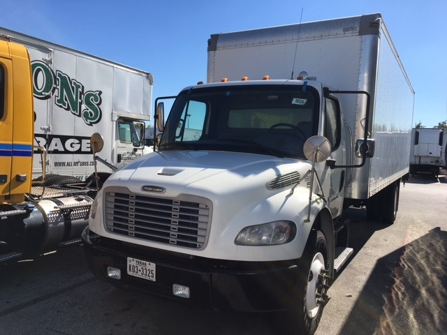 Medium Duty Box Truck-Light and Medium Duty Trucks-Freightliner-2013-M2-HOUSTON-TX-298,838 miles-$14,500