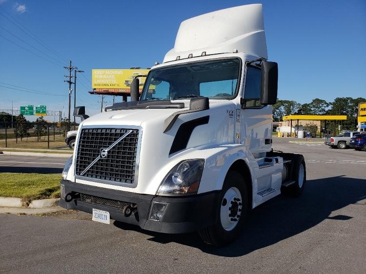 Day Cab Tractor-Heavy Duty Tractors-Volvo-2013-VNL42300-LAFAYETTE-LA-516,621 miles-$28,250