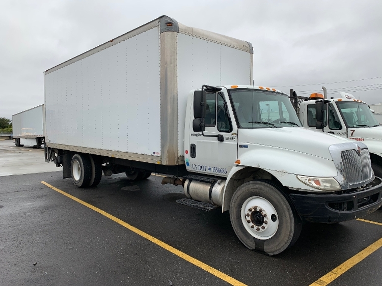 Medium Duty Box Truck-Light and Medium Duty Trucks-International-2013-4300-HAMMOND-LA-116,776 miles-$35,750