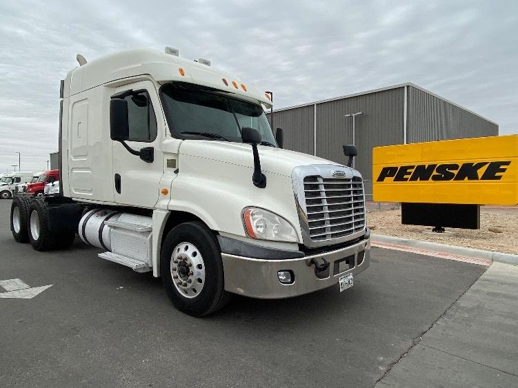 Sleeper Tractor-Heavy Duty Tractors-Freightliner-2013-Cascadia 12564ST-ODESSA-TX-300,000 miles-$33,250