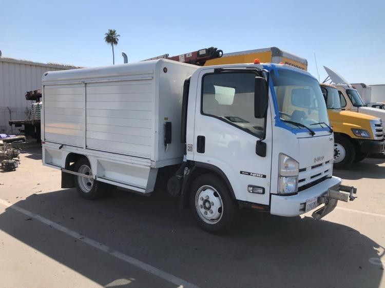 Beverage Truck-Light and Medium Duty Trucks-Isuzu-2014-NRR-TORRANCE-CA-175,836 miles-$27,250
