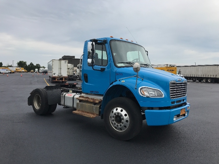 Day Cab Tractor-Heavy Duty Tractors-Freightliner-2013-M2-ROCHESTER-NY-85,424 miles-$28,250