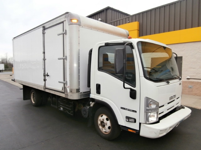 Medium Duty Box Truck-Light and Medium Duty Trucks-Isuzu-2013-NPR-WEST HAVEN-CT-136,136 miles-$18,750
