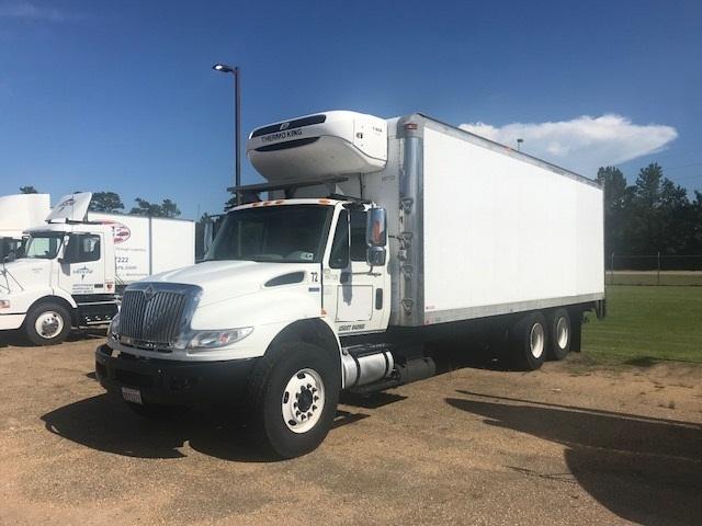 used reefer trucks for sale in la penske used trucks. Black Bedroom Furniture Sets. Home Design Ideas