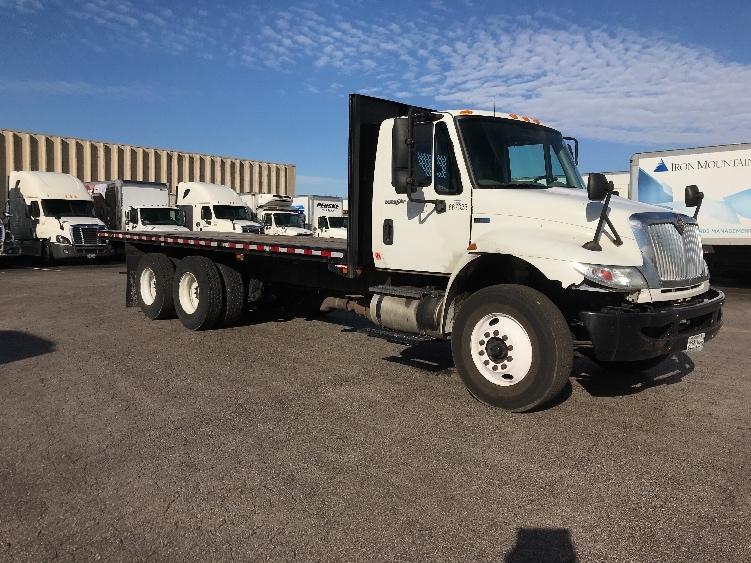 Flatbed Truck-Light and Medium Duty Trucks-International-2013-4400-EARTH CITY-MO-270,671 miles-$38,500
