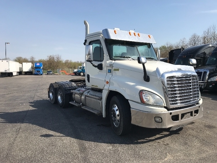 Day Cab Tractor-Heavy Duty Tractors-Freightliner-2013-Cascadia 12564ST-MOUNT PLEASANT-PA-262,751 miles-$43,750